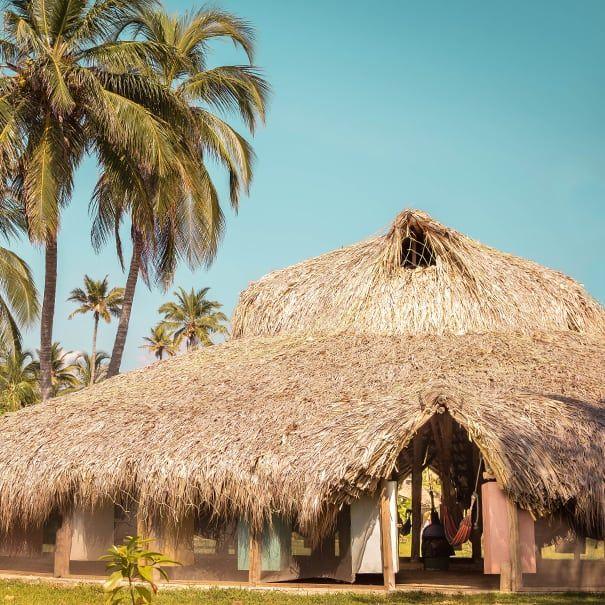 hamacas hostal isla mucura